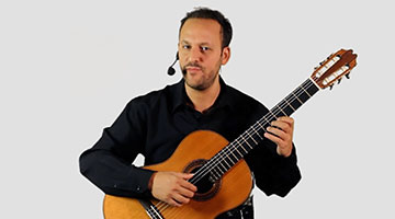 Learn how to play Classical Guitar on izif | The Online Music School with the award winning classical guitarist Tariq Harb in an absolute beginners course